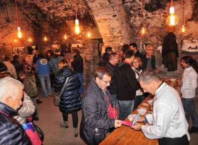 Caneve en festa - Cellars in celebration - EH4